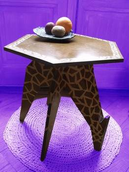 The Giraffe Table