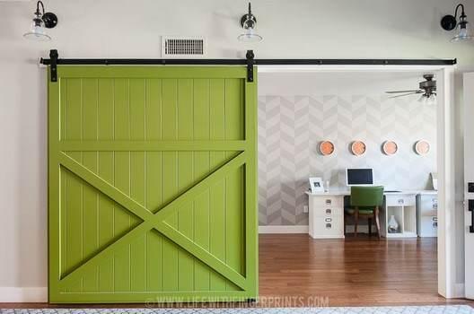 DIY Barn Door - How to Build an Amazing Sliding Barn Door