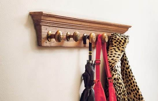 Simple Doorknob Coat Rack