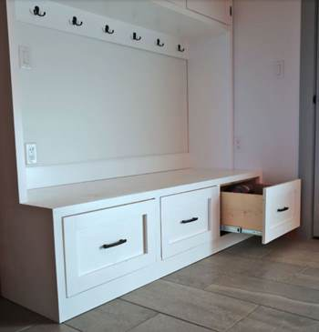 Mudroom Bench Plans with Drawers