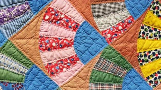 Make a Simple Quilt Rack