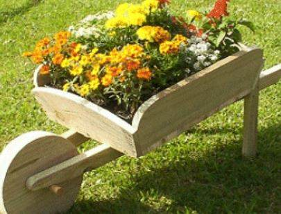 Plans for a Wheelbarrow Planter